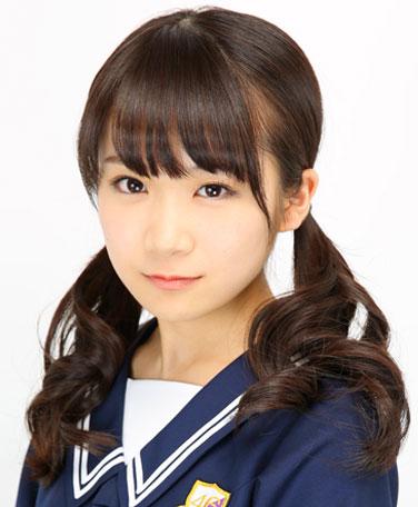 akimotomanatsu_prof_13mar