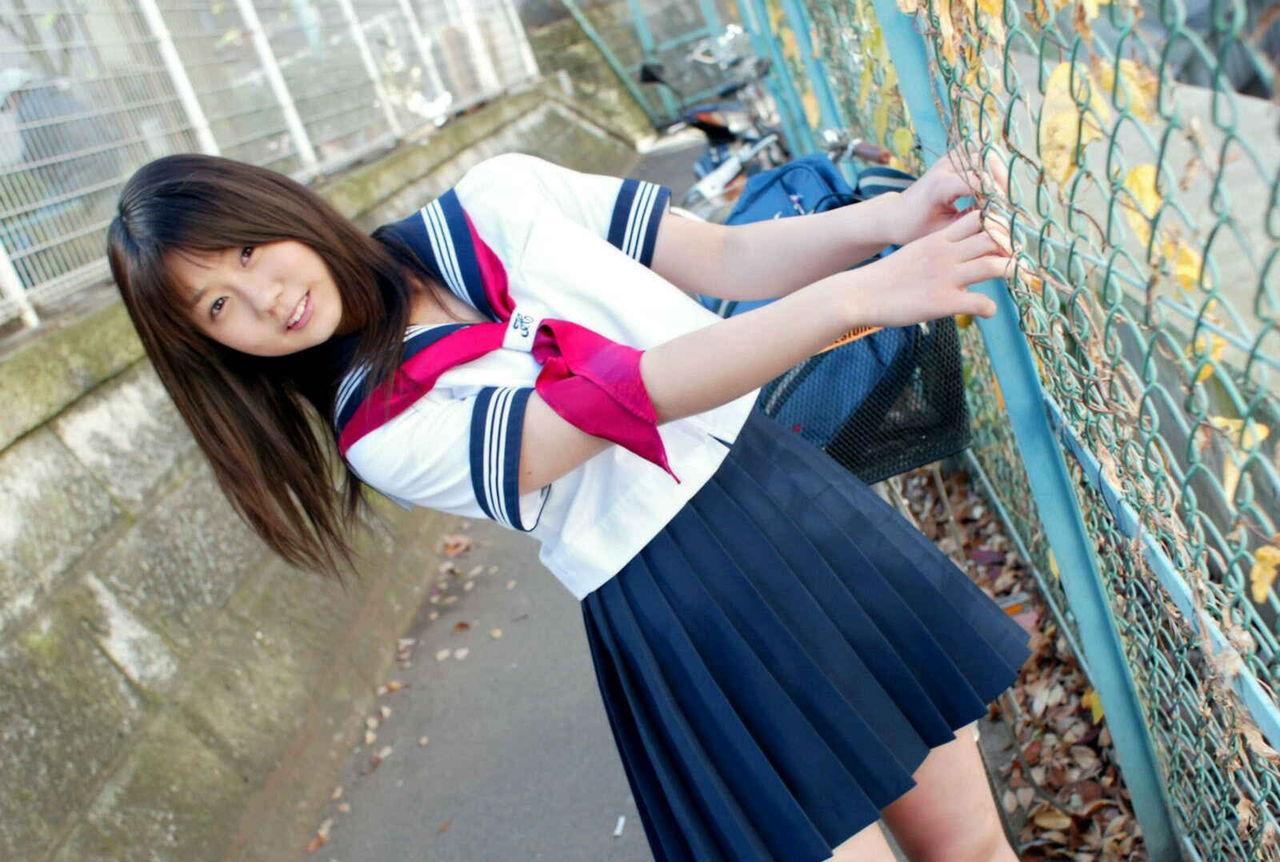 女の子が好きです!でも制服女子校生がもーと好きです!!:放課後学園画像天国『JKヘブン』様