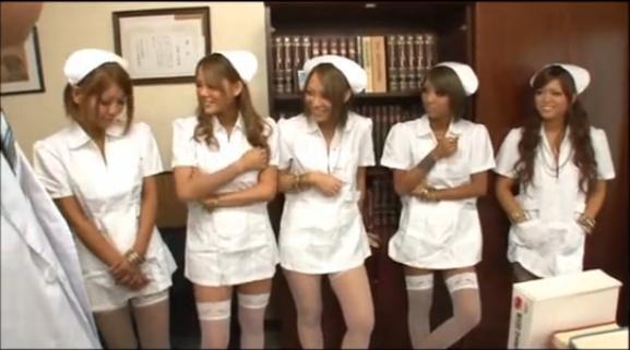 【泉麻那】患者の肉棒を次々に喰らう白衣の淫乱黒GALSナース!:ぬきがしま様