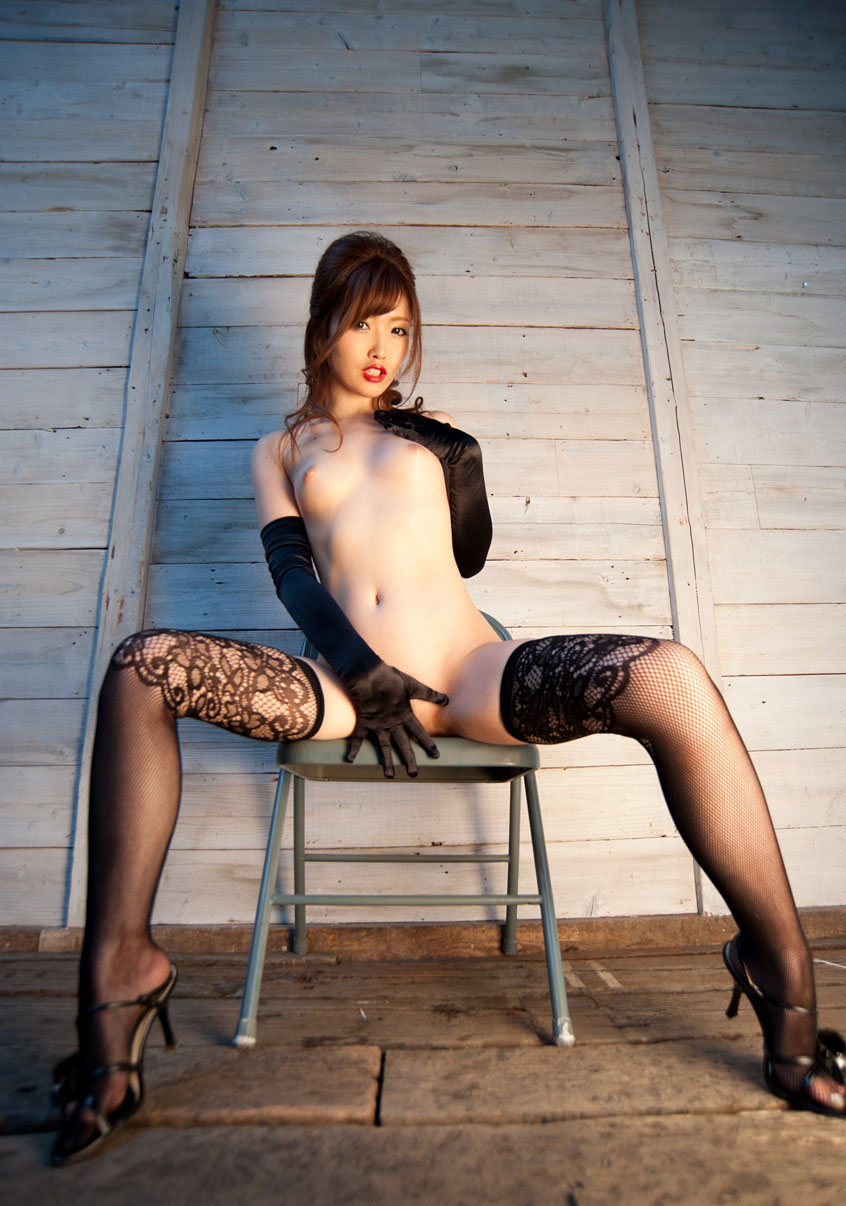もう裸にソックス・タイツしか穿いてない画像最高:毎日エロ新聞様