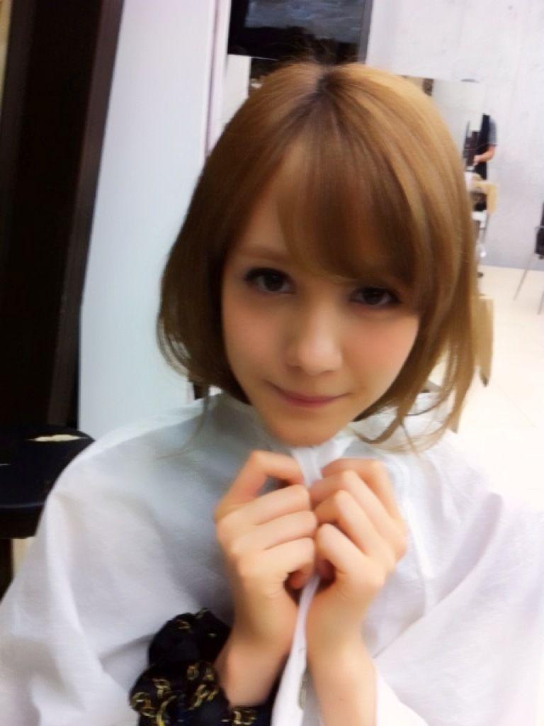 笑顔で踏み付けられたら完全にご褒美な可愛い女の子の画像:桃色コレクション様
