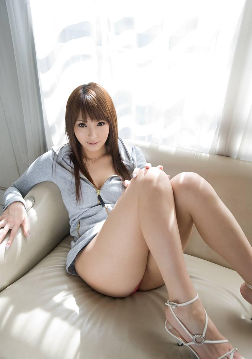 美脚画像が集まるスレ【三次】:桃色画像ナビ様