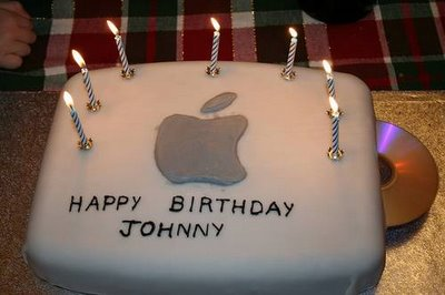 apple-birthday-cakes-03