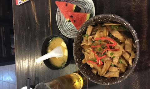忍者ラーメン豚丼