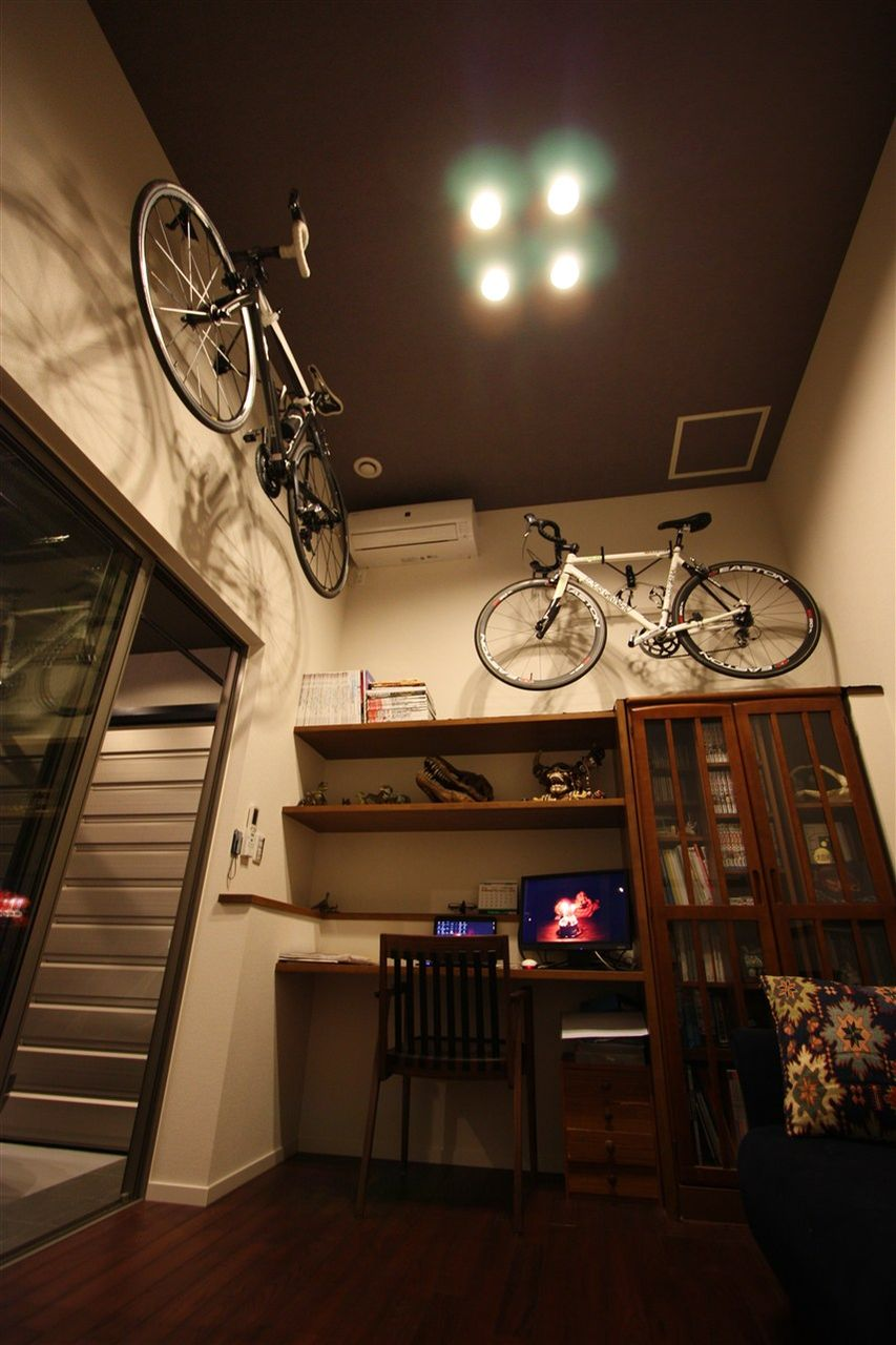 自転車の 自転車ハウス固定 : 自転車は床に置いておくと ...