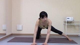 【動画】肩こり腰痛にきくヨガ YOGA 胸チラ