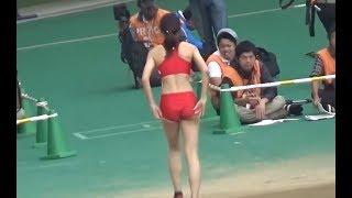 【動画】【女子陸上】走り幅跳び ジャンプ後の仕草に注目!赤いユニフォームってどうですか?