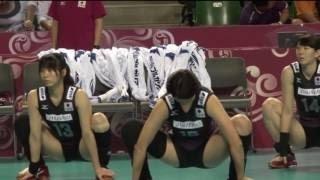 【動画】NEC古賀紗理那が隠れてストレッチ【女子バレー】