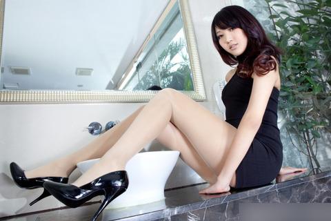 こんなスタイルのいい彼女がいたら、おまいらどうする?