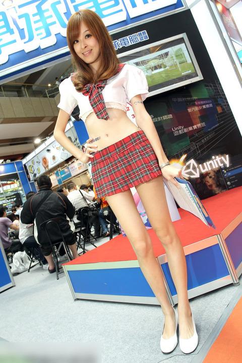 エロ無しでも抜ける! 海外のショーを彩るモデル・キャンギャル画像