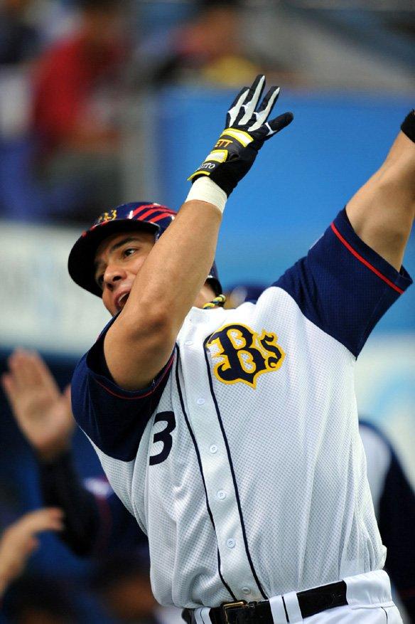 ホセ・フェルナンデス(43)ロッテ→西武→楽天→オリックス→西武→楽天→オリックス→西武(NEW)