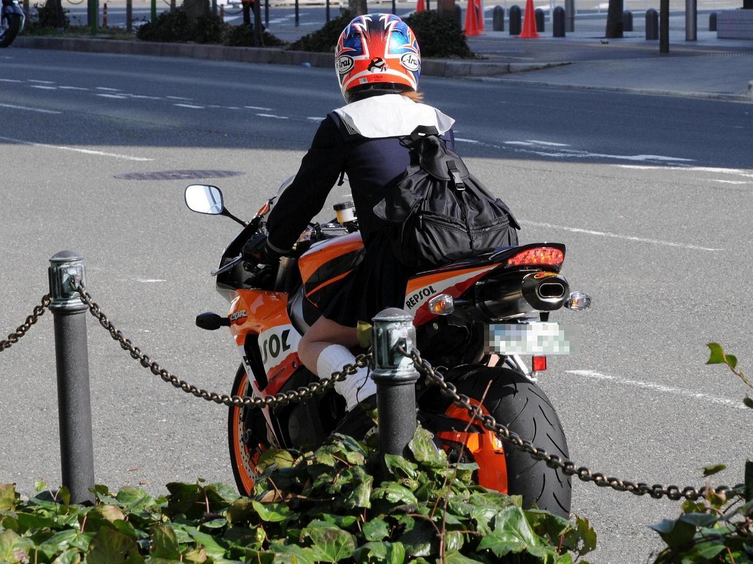 自転車用 かっこいい自転車用ヘルメット : ほんと今は、バイクにどっぷり ...