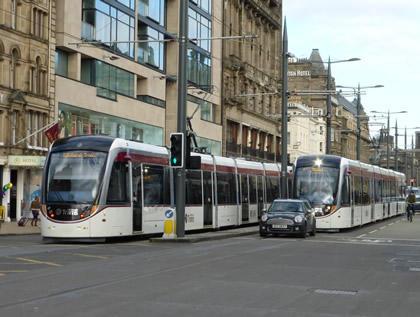Edinburgh_trams,_driver_training_1