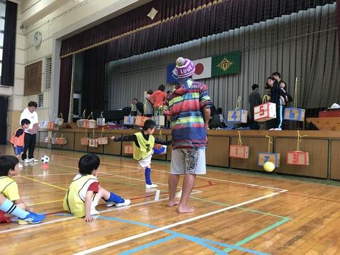 2019入団式15 キックターゲット02