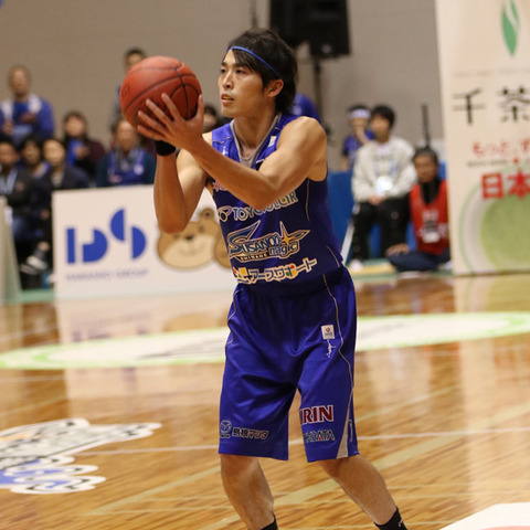 横尾選手シュート