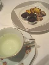 お茶&小菓子