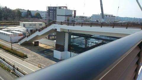 横断歩道橋完成⑫