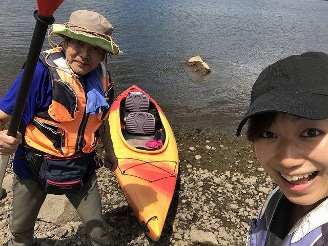 桧原湖でカヌー