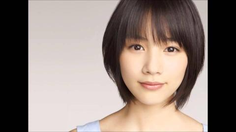 女優・能年玲奈さんが「おそ松さん」6つ子のコスプレ写真をブログで公開