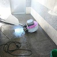 ポリッシャー清掃