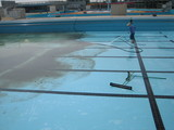 プール掃除