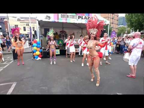 【動画】【セクシー】 ブラジル リオのカーニバル サンバ。 サンバ祭りです。ブラジル人が踊ります。オーストラリアのメルボルン