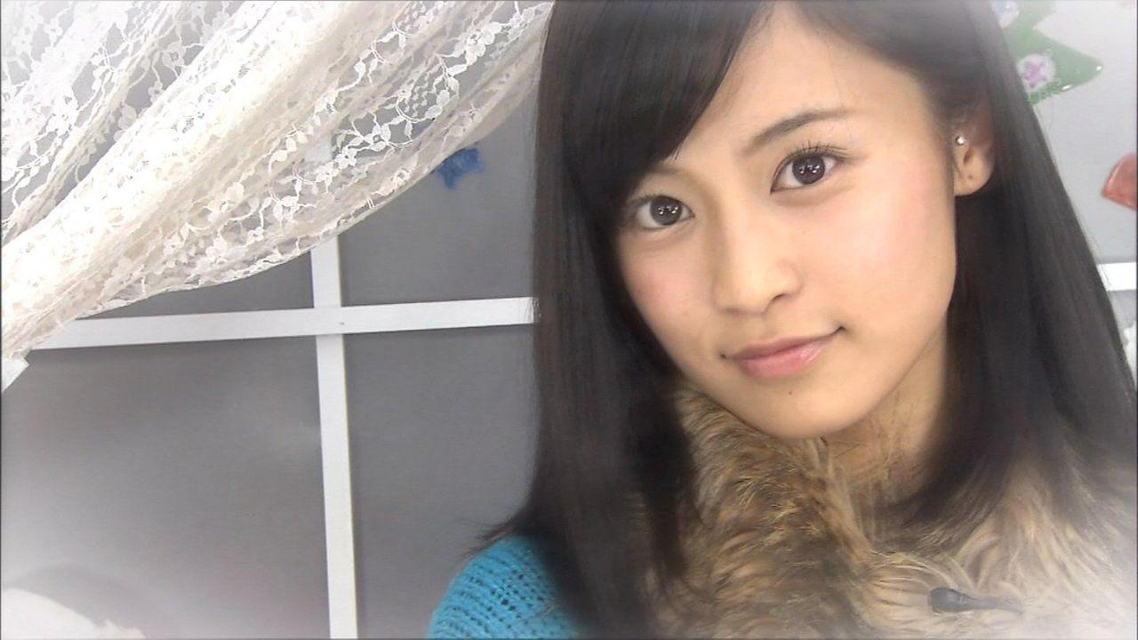 ファー付きの服のかわいい小島瑠璃子