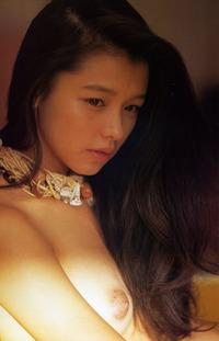 ビビアン・スー ヌード画像 (9)