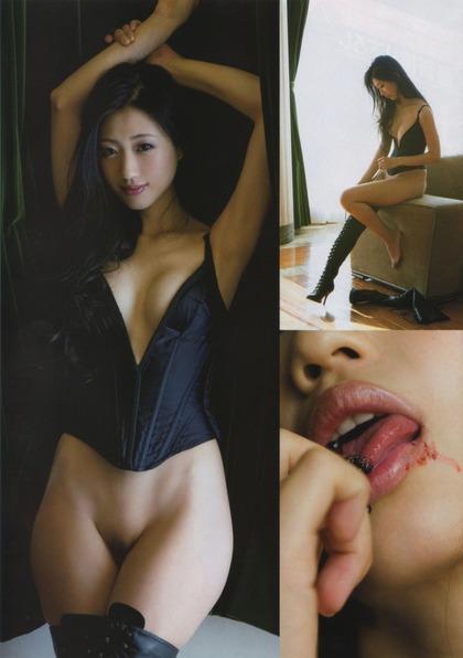 壇蜜さんのエロい画像 (47)
