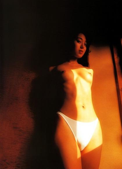 白石ひとみ ヌード (91)
