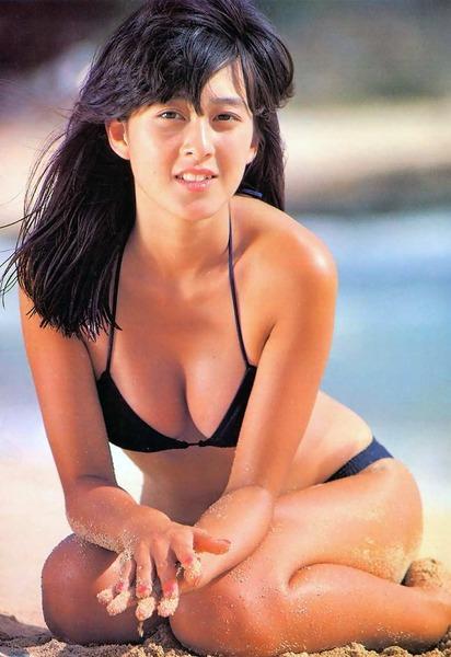 河合奈保子、岡田有希子とか昔のアイドル水着 (104)
