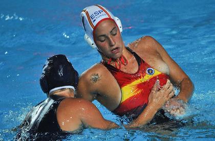 女子水球選手の水着 (7)