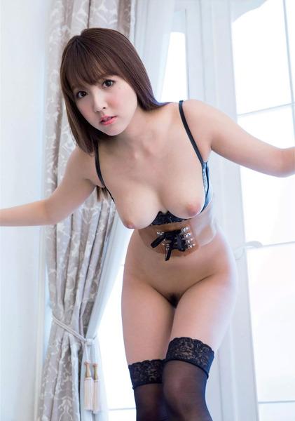 三上悠亜 (21)