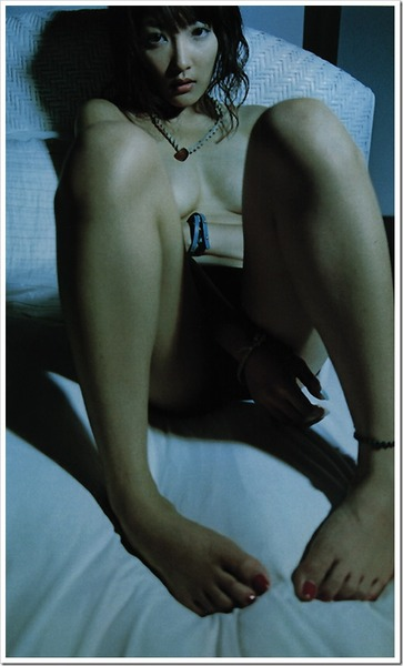 山田まり (37)