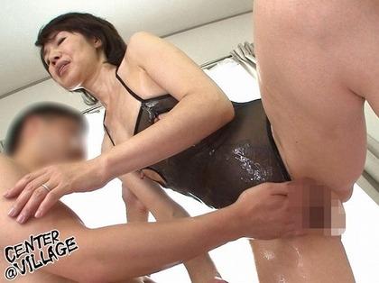 瀬川志穂 貧乳の長乳首とパイパンがエロイ (3)