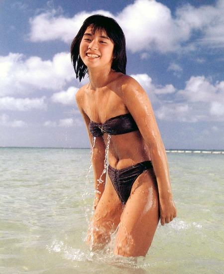 石田ゆり子 画像 (34)