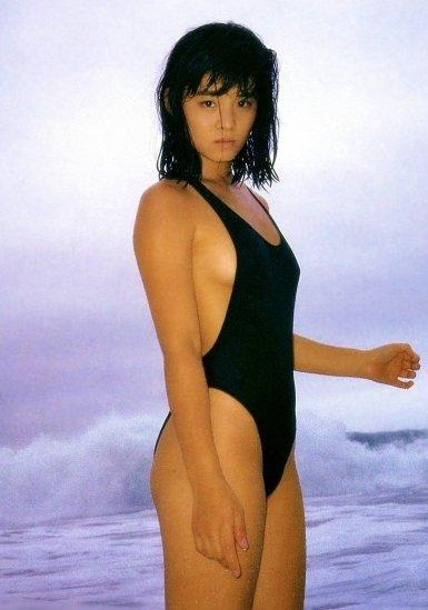 石田ゆり子 画像 (44)