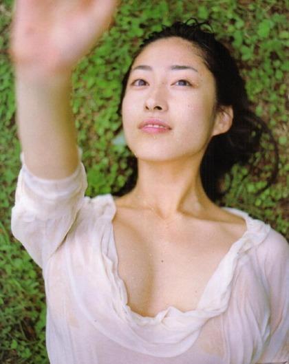 佐藤寛子 (19)
