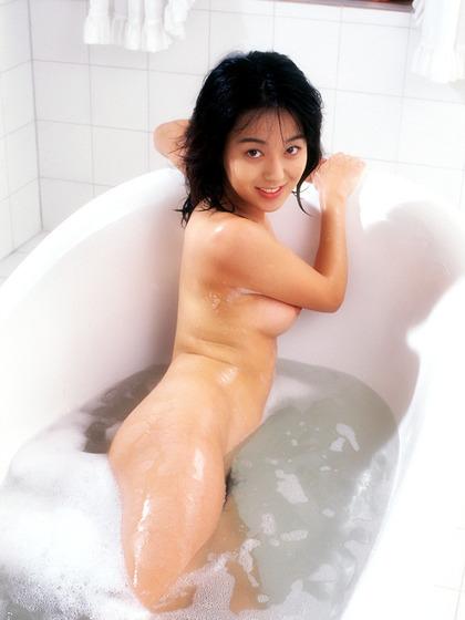 白石ひとみ ヌード (22)
