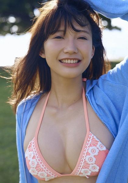 小倉優香 リアル峰不二子のエロイ肉体 (23)
