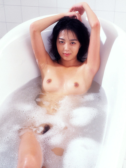 白石ひとみ ヌード (23)