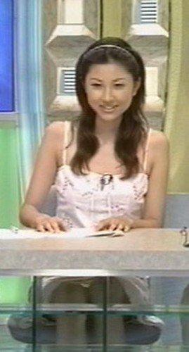菊川怜パンチラ (2)