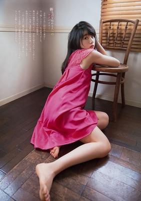 桜井日奈子 エロ (4)
