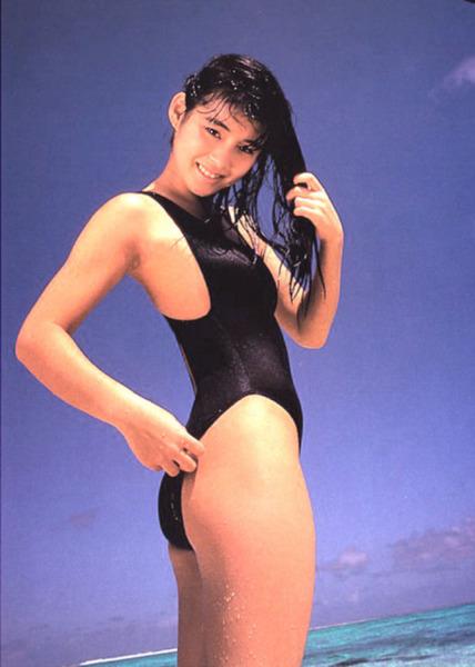 石田ゆり子 画像 (24)