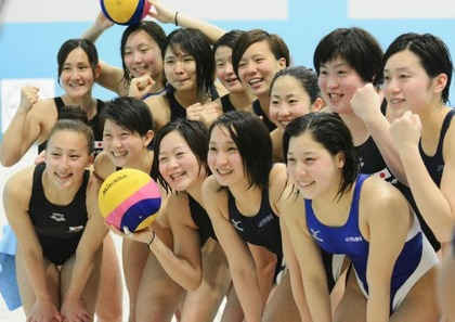 女子水球選手の水着 (6)