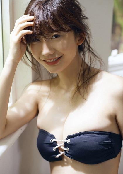 小倉優香 リアル峰不二子のエロイ肉体 (32)