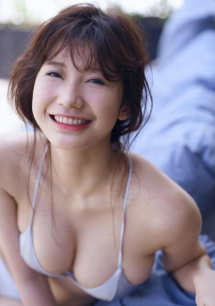 小倉優香 リアル峰不二子のエロイ肉体 (25)