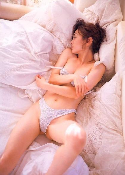 生稲晃子ヌード (39)