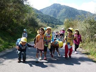 blog20101007保育園遠足 012