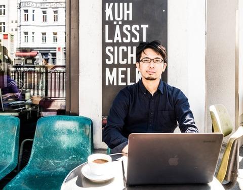 【悲報】有名イラストレーター「僕はドイツに行って成功してる。日本はオワコン」